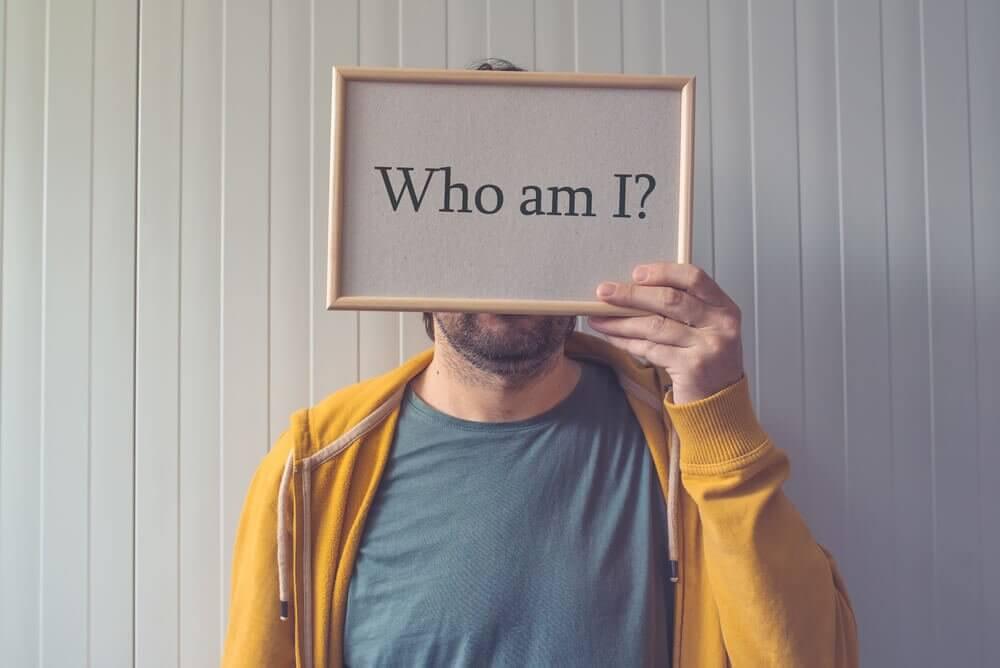 Lo difícil de conocerse a uno mismo