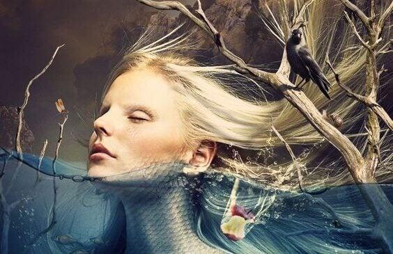 Mujer superando la noche oscura del alma