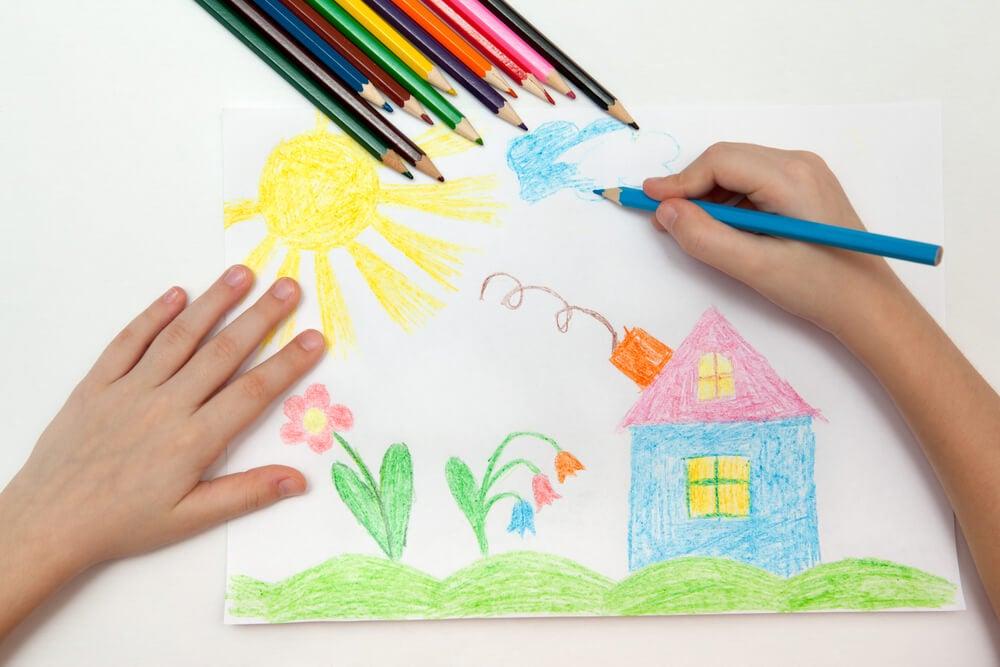 Cómo interpretar el dibujo de la familia en un niño de 2 años