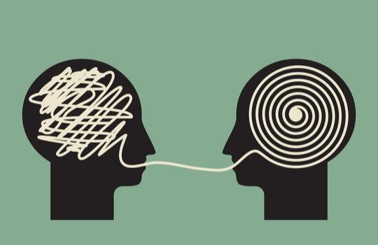 figuras simbolizando a las personas que saben escuchar