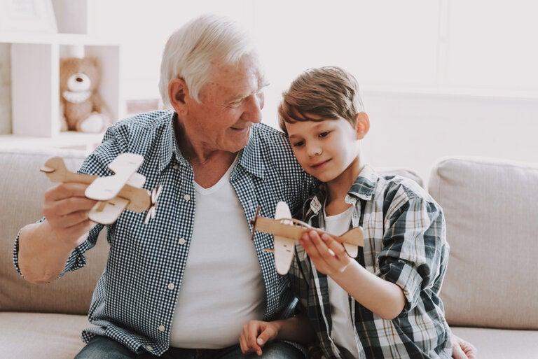 Los abuelos, esos amigos entrañables