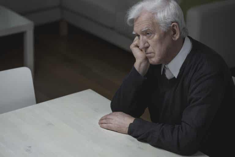 ¿Existe la crisis de la mediana edad?