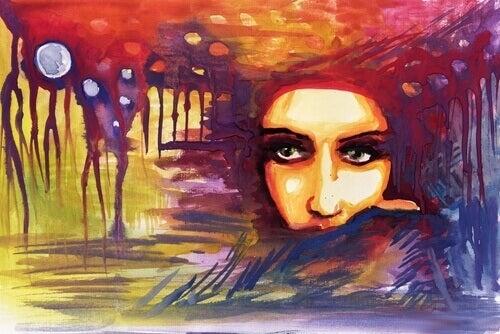 Mujer con la cara semiescondida