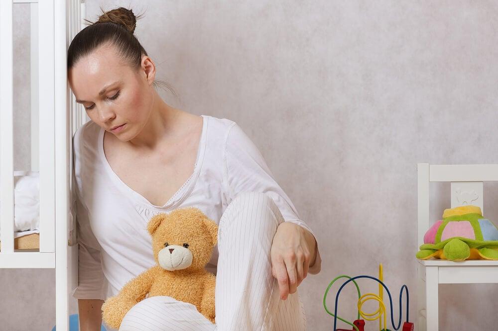 Mujer con depresión postparto
