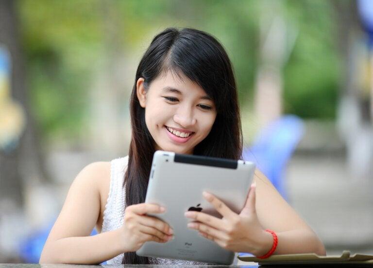 Tecnología, adolescencia y Siglo XXI
