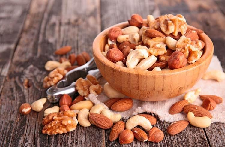 Entre los ingredientes que suben el ánimo están las nueces