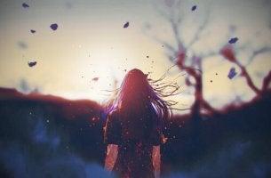 Mujer que tiene que vivir la soledad