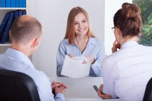 Primera impresión en una entrevista de trabajo