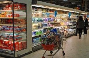 Así intentan controlar tu mente cuando compras