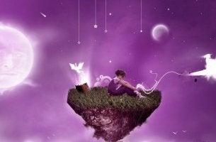 Mujer rodeada de sueños