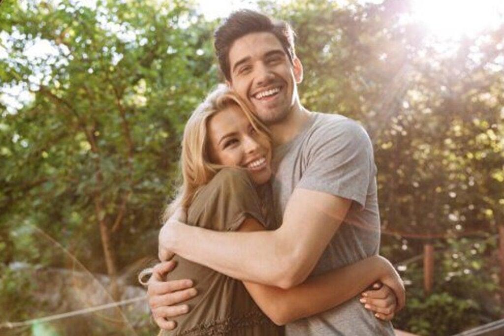 ¿Pueden un hombre y una mujer ser solo amigos?