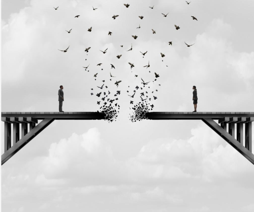 pareja puente roto
