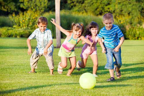 Pegar es más que ir a por la pelota, una lección de justicia infantil