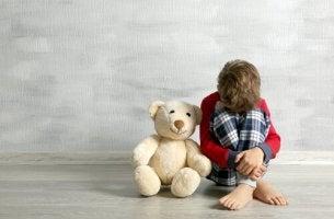 Niño llorando ejemplo de hijos no deseados