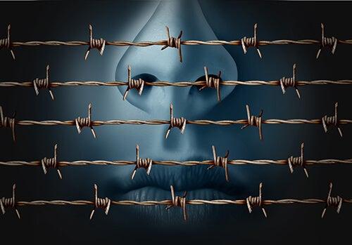 alambra de espinas simbolizando prohibición