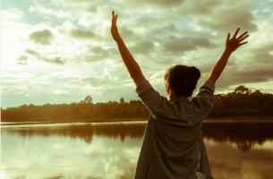 La conexión entre la felicidad y el éxito