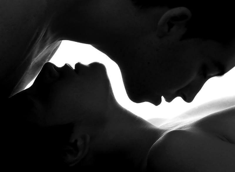 ¿Cómo diferenciar sexualidad de intimidad?