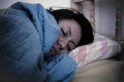 Beneficios de dormir sobre el lado izquierdo del cuerpo