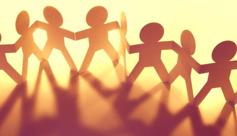 ¿Sabías que solo estás a seis apretones de manos de cualquier persona del mundo?