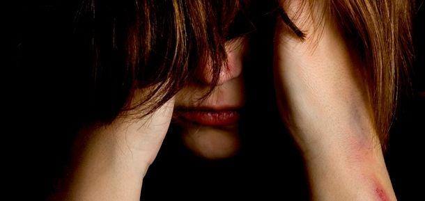 Mujer con un trastorno psicológico