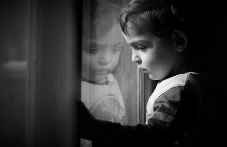 ¿Cómo superar las huellas emocionales infantiles?