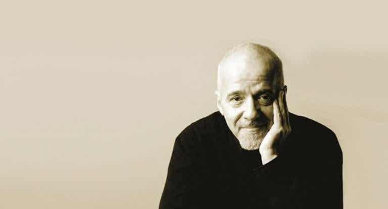 15 frases célebres de Paulo Coelho