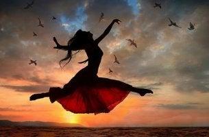 Mujer saltando