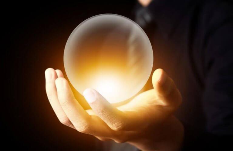 Bola de luz simbolizando heurística