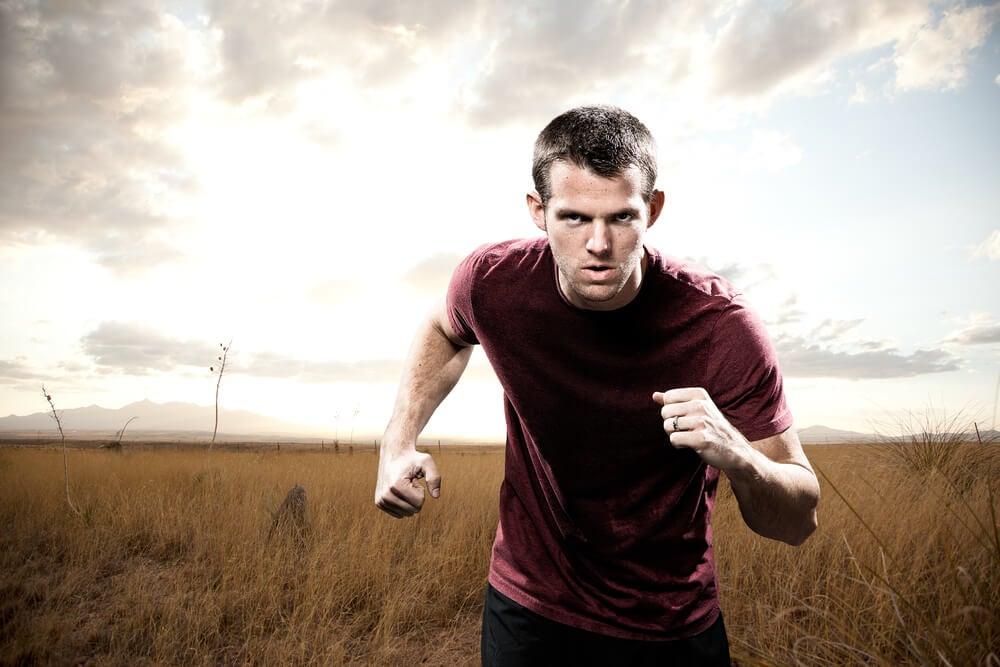 Hombre corriendo deportista