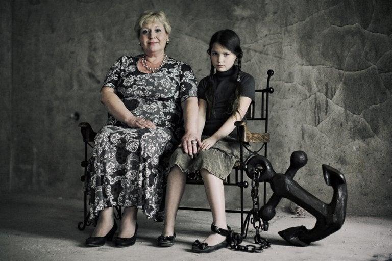 Cuando la educación hace daño: madres tóxicas