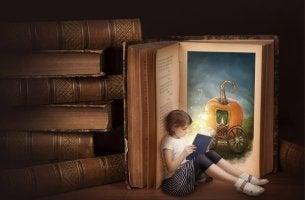 niña leyendo mejores frases