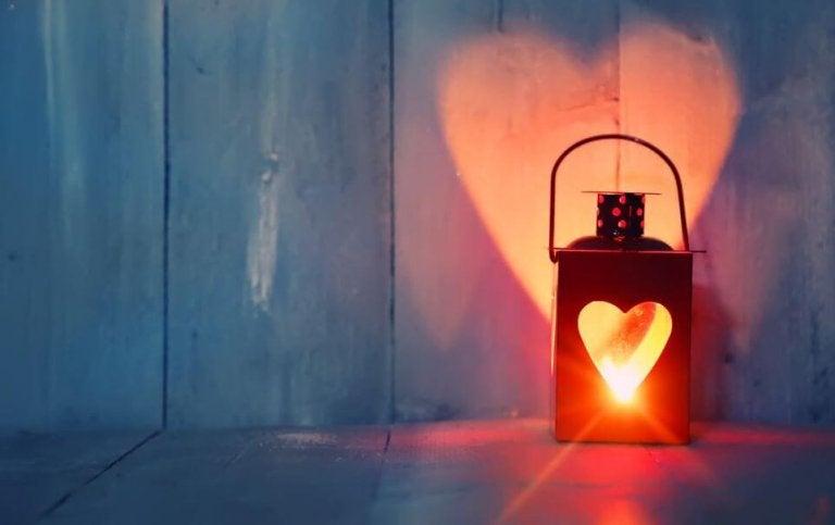 Amar la soledad te convierte en mejor pareja