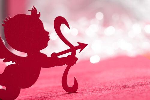 Se solicita Cupido nuevo y responsable, al mío lo despedí