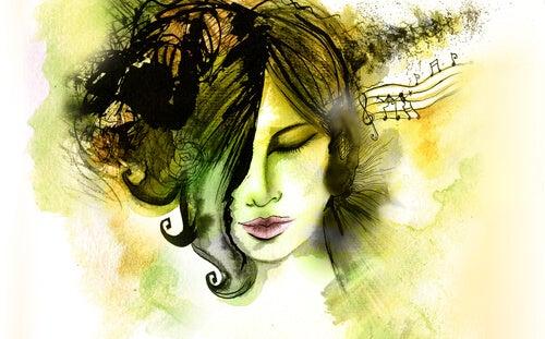 Mujer escuchando música y desarrollando su inteligencia musical