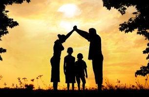 Familia unida representando cómo ser un buen padre