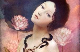 Mujer rodeada de flores con erotomanía