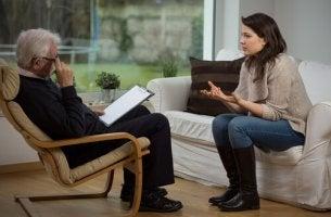 Mujer haciendo terapia