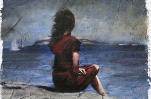 Chica mirando el mar