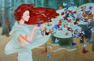 Mujer con muchas mariposas