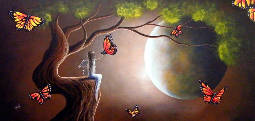 Niña con alas y una mariposa
