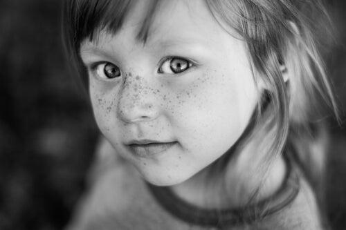 Cara de niña muy guapa