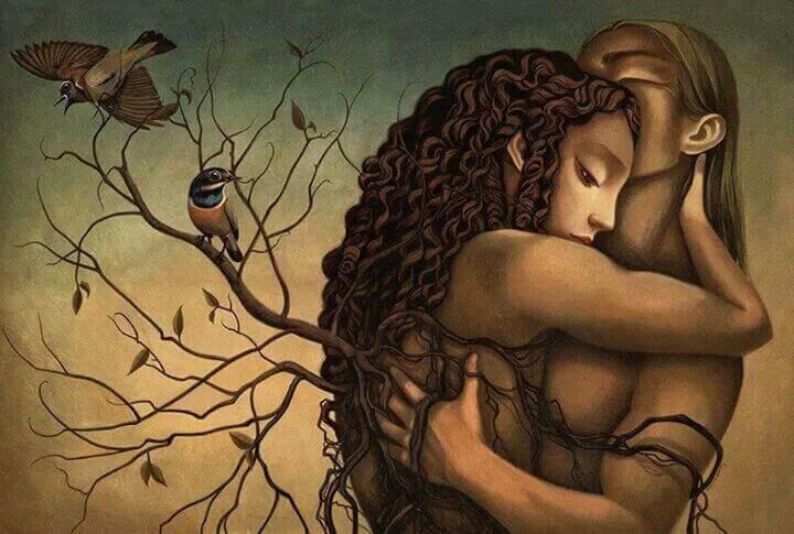 Pareja abrazada sintiendo su amor
