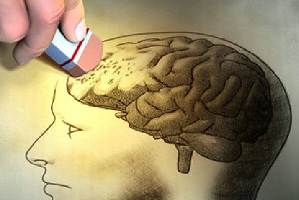 Goma borrando un cerebro