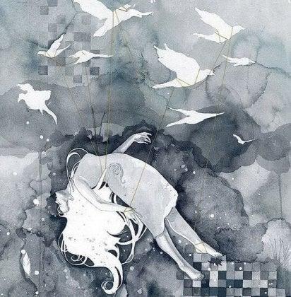 mujer cayendo con pájaros en el centro