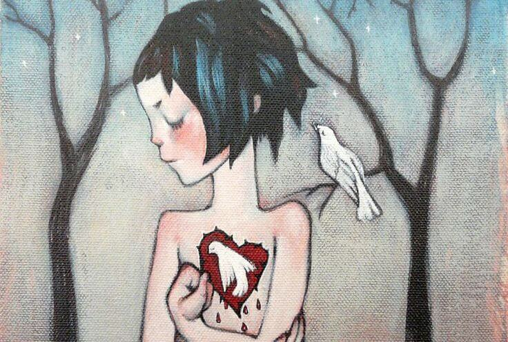 niña con corazón abierto en forma de paloma
