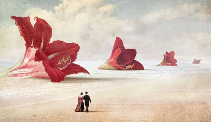 https://lamenteesmaravillosa.com/wp-content/uploads/2015/10/pareja-paseando-ante-flores-gigantes-e1451859642439.jpg