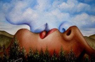 Persona dando un beso al aire