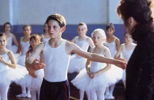 Billy Elliot bailando ballet