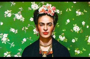 Frida sobre un fondo verde
