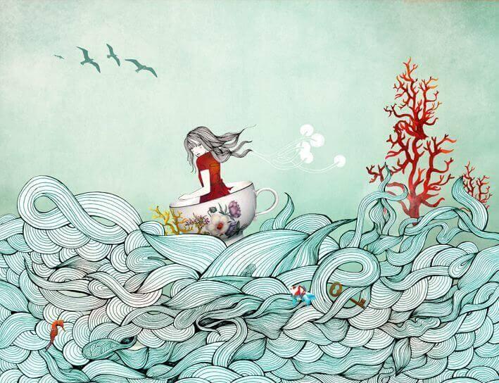 Niña en el mar entre olas